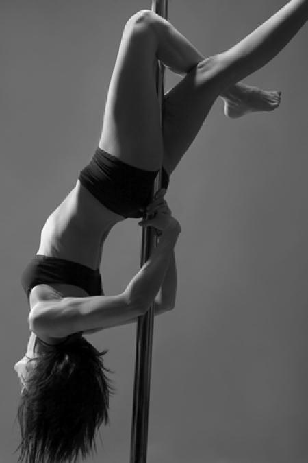 pole_dance1